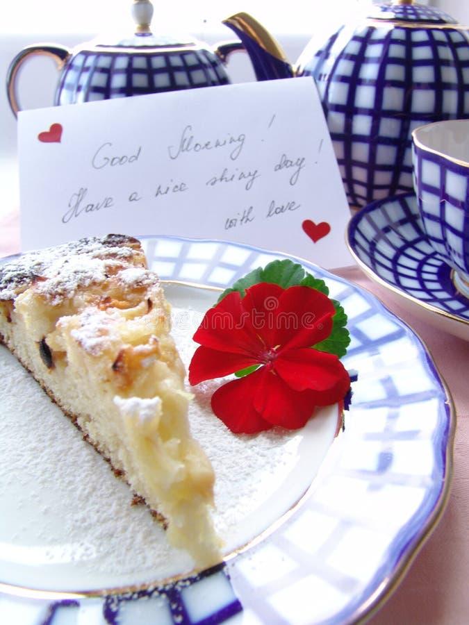 Download Söt frukost arkivfoto. Bild av vitt, cake, vykort, avbrotts - 236230
