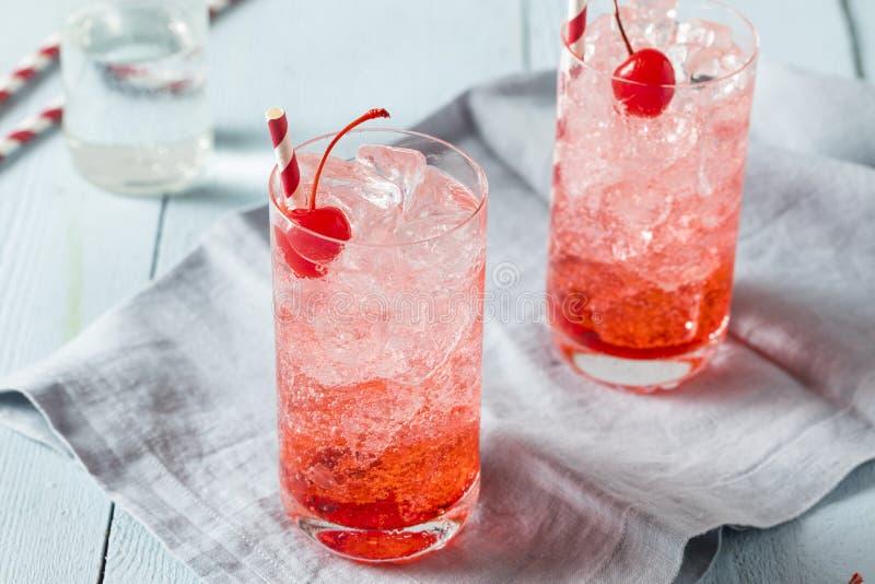 Söta uppfriskande Cherry Cocktail Mocktail arkivfoto