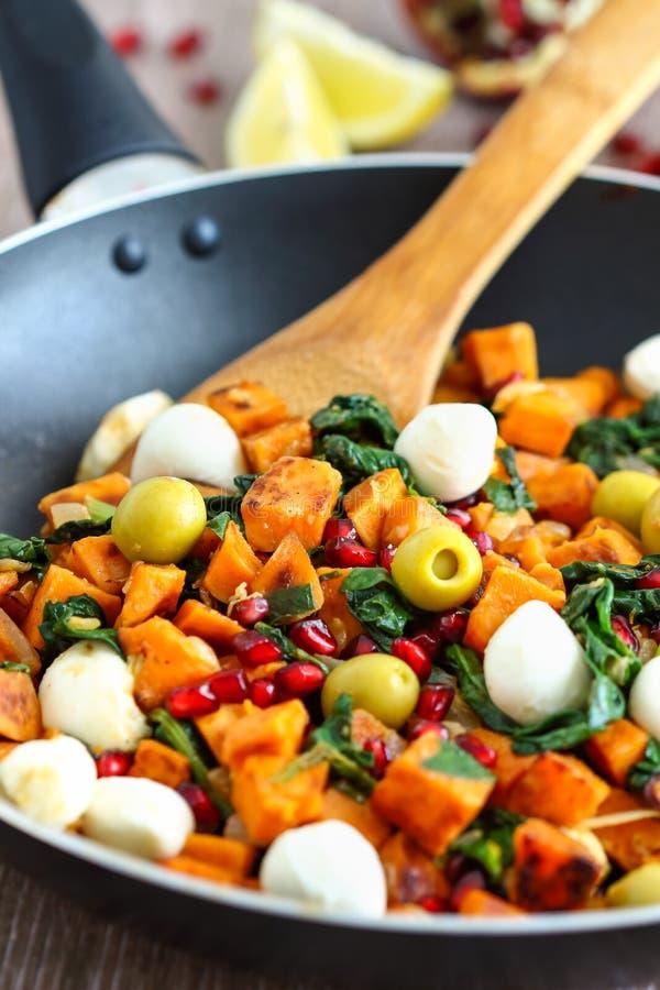 Sötpotatisfrukostpölsa fotografering för bildbyråer