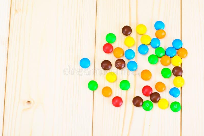 Süße Bonbon-Süßigkeit auf Woody lizenzfreies stockfoto