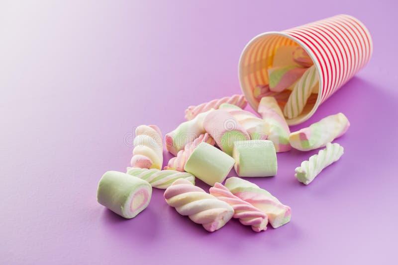 Süße bunte Eibische lizenzfreie stockbilder