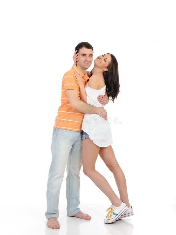 Süße junge Sommerpaare in der Liebe stockfoto