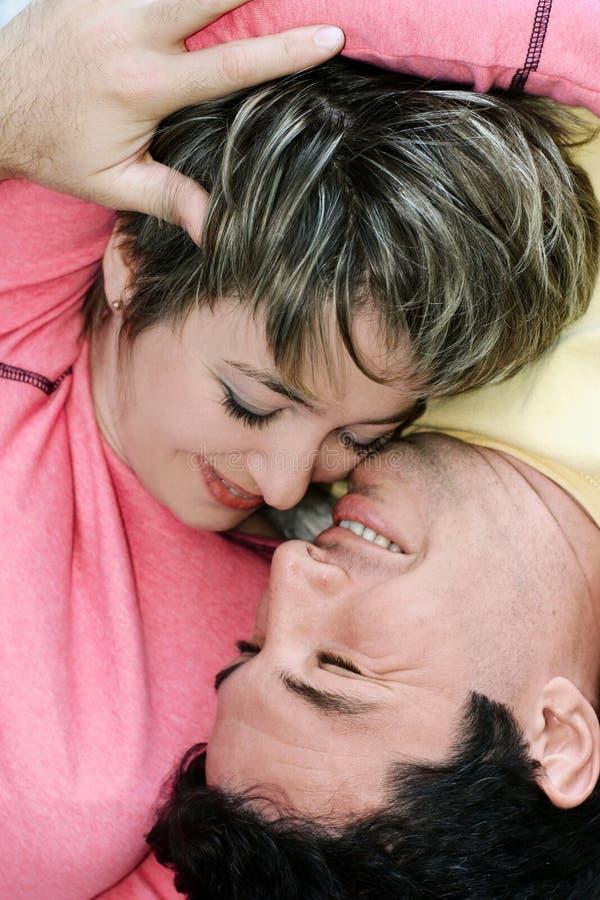 Süße Paare lizenzfreies stockbild