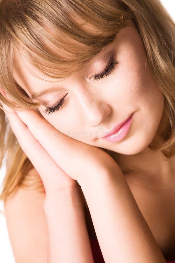 Süße schlafende Frau stockbild