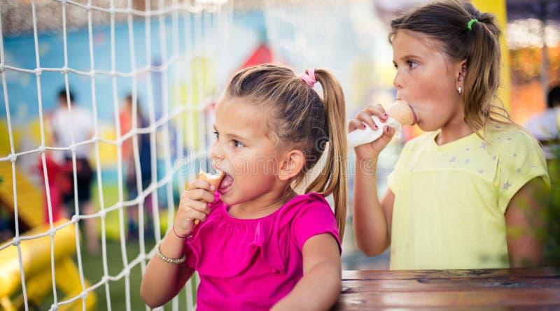 Süße Tage der Sommer lizenzfreie stockfotos