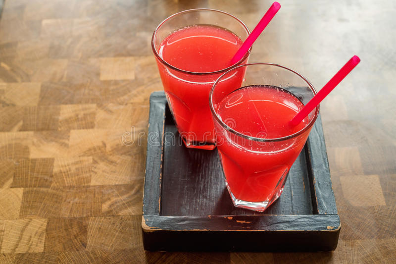 Süßer frischer Erdbeersaft lizenzfreie stockfotos