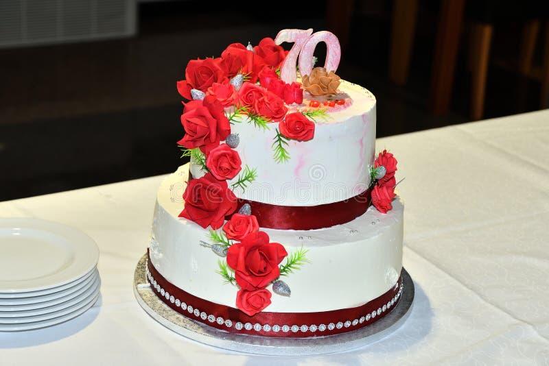 Süßer Fruchtkuchen für den 70. Geburtstag stockfoto