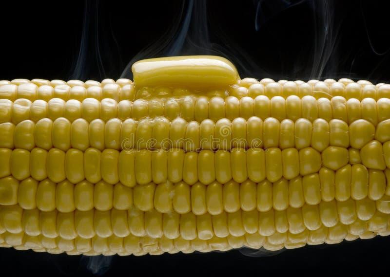 Süßer Mais mit buter lizenzfreies stockbild