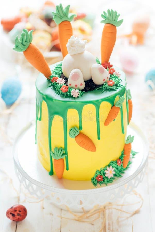 Süßer Ostern-Kuchen stockfotografie