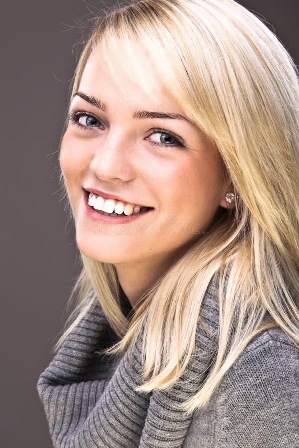 Süßes blondes Portrait stockbild