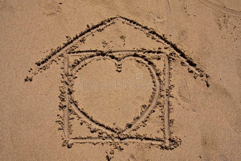 Süßes Haupthaus auf dem Strand lizenzfreies stockfoto