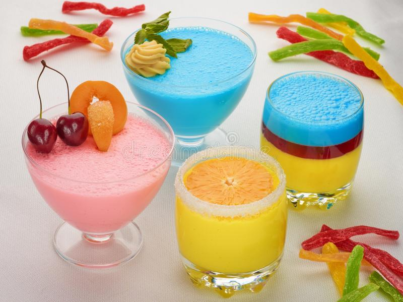 Süßes Lebensmittelnachtisch-Cremekremeis stockfotografie