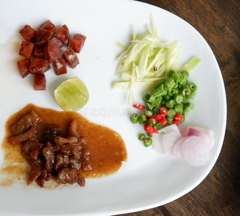 Süßes Schweinefleisch und Wurst lizenzfreies stockfoto