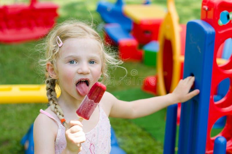 Süßigkeit ist nett lizenzfreie stockfotografie