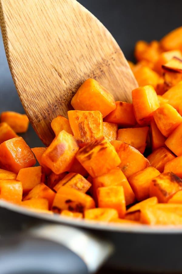 Süßkartoffel-Frühstücks-Hasch lizenzfreie stockfotografie