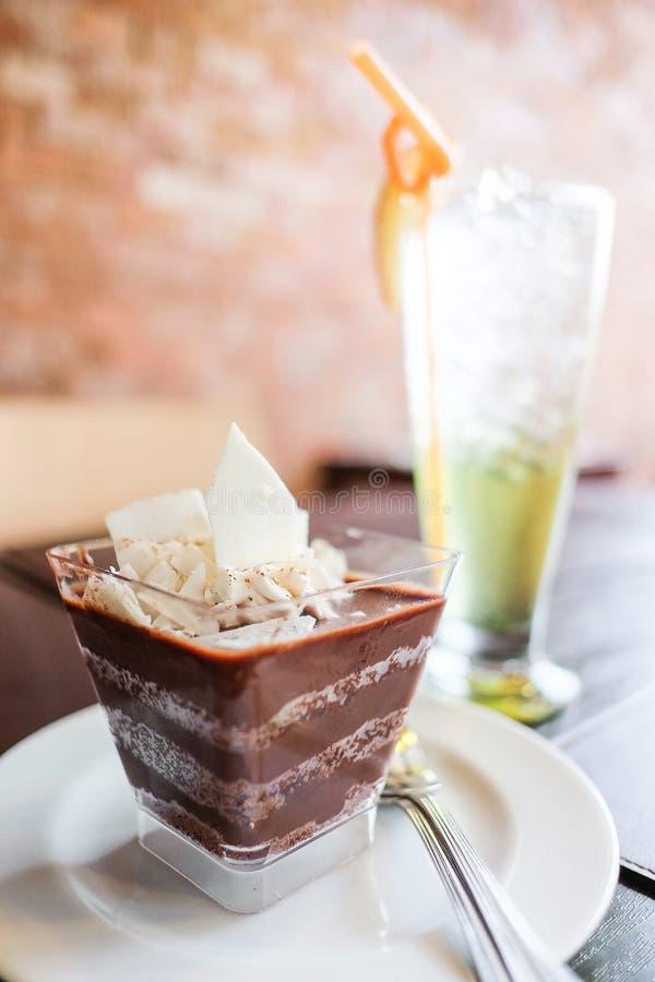 Süßspeise-Schokoladen-Kuchen lizenzfreies stockfoto