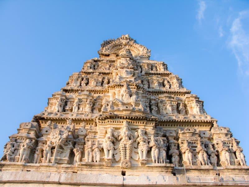 Südinder Gopuram lizenzfreies stockbild