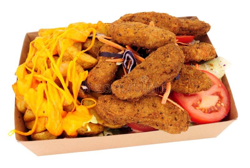 Südliche Fried Chicken Fillets And Cheesy-Kartoffel-Keile stockfotos