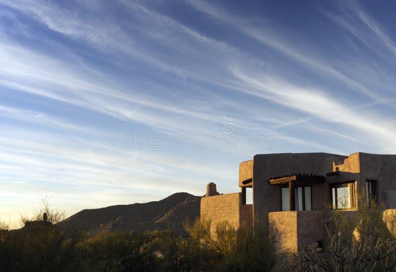 Südwestwüstenaussicht, Adobe-Art lizenzfreie stockfotos