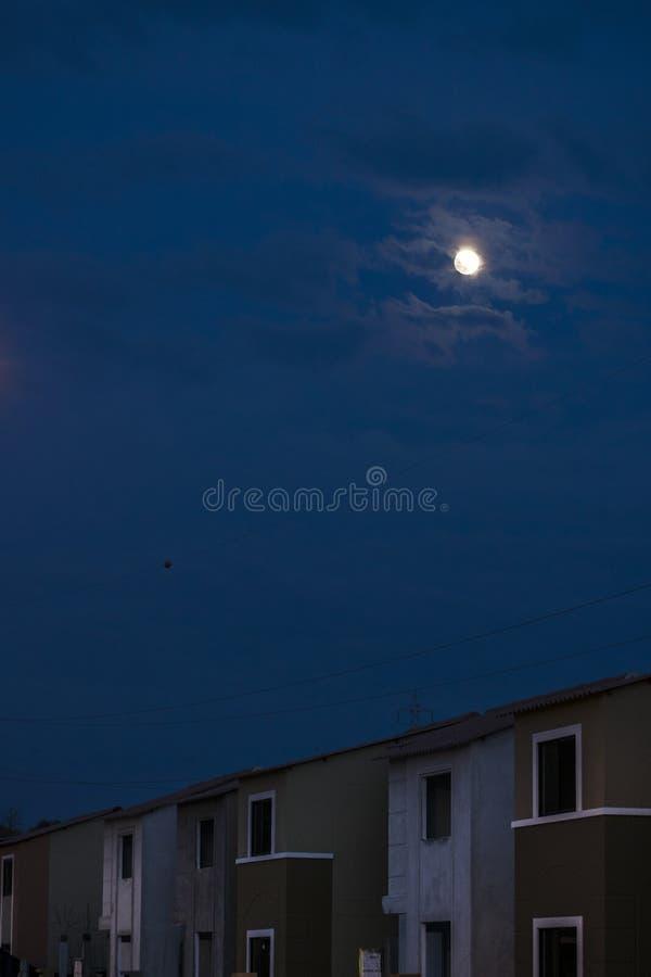 Sąsiedztwa Moonscape scena zdjęcia royalty free