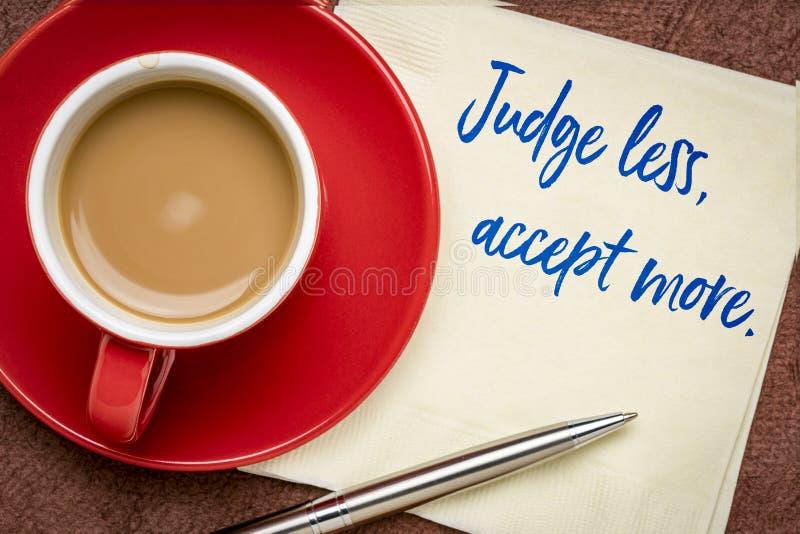 Sędzia mniej, akceptuje więcej zdjęcia stock