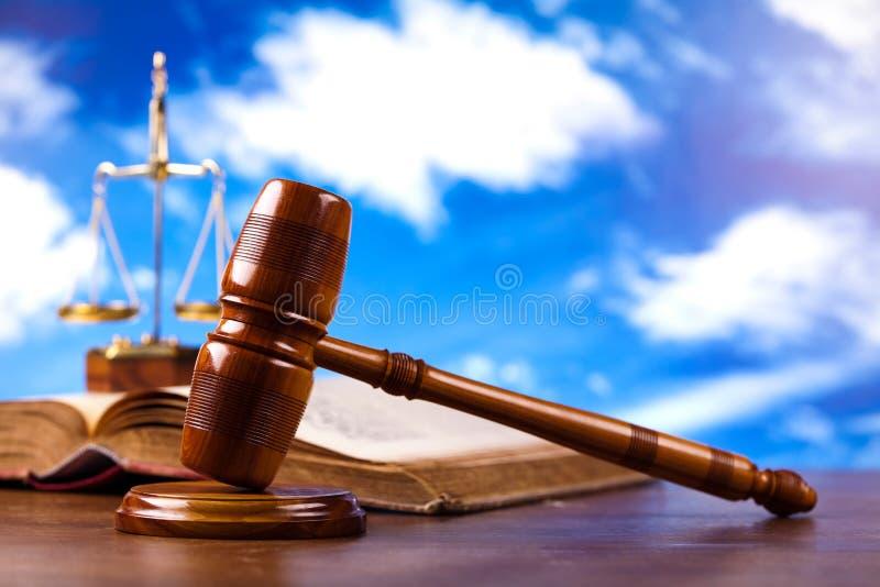 Sędziego młoteczek, nastrojowy lekki żywy temat obrazy stock