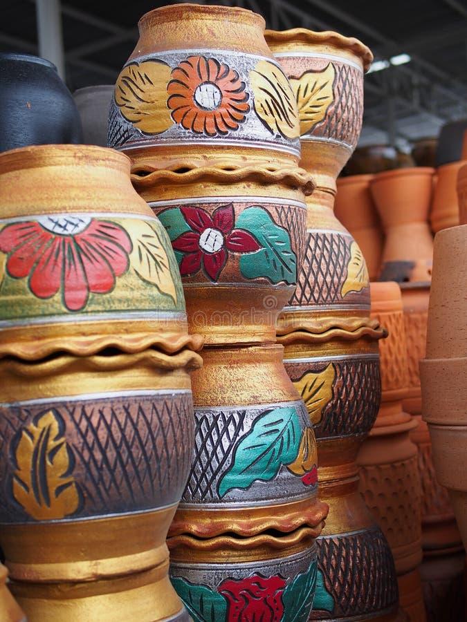 Słój puszkuje wazę zdjęcie royalty free