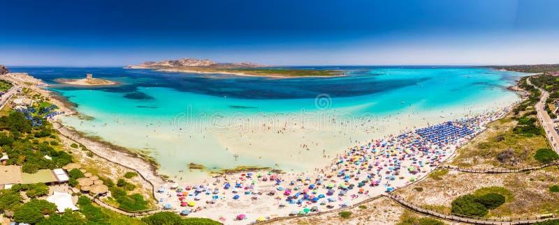 Sławna losu angeles Pelosa plaża na Sardinia wyspie, Sardinia, Włochy obrazy royalty free
