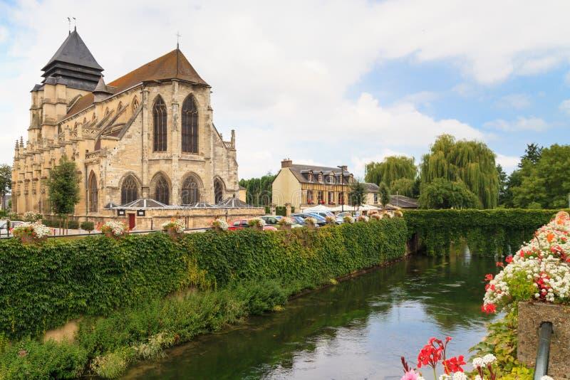 Sławna serowa wioska Pont-l'Évêque, Normandy obrazy stock