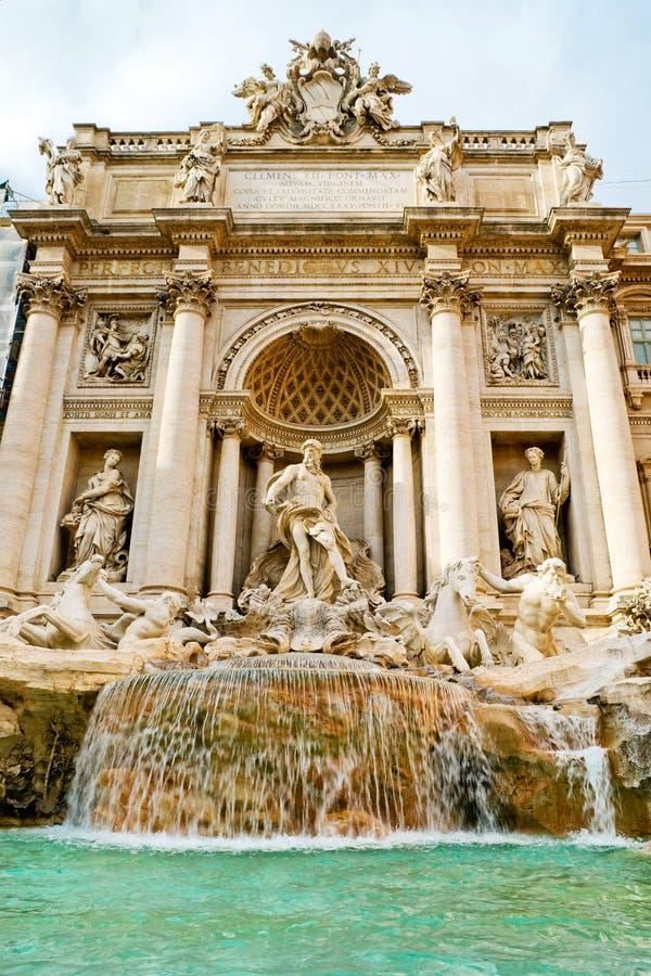 Sławna Trevi fontanna w Rzym fotografia royalty free
