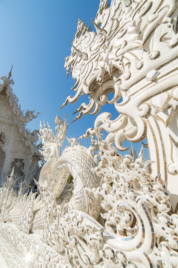 Sławna Wata Rong Khun Biała świątynia w Chiang Raja prowinci obraz stock