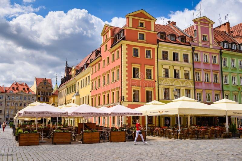 Sławne Wrocławskie fasady kolorowi domy wokoło Targowego kwadrata zdjęcia stock