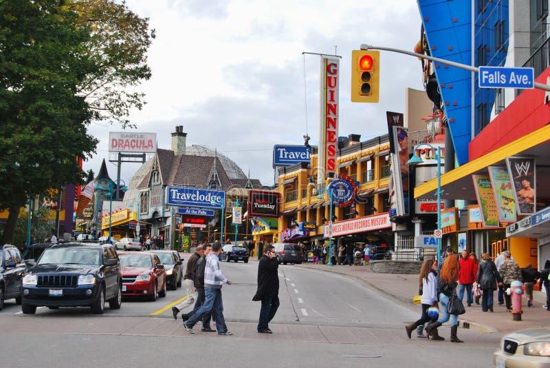 Sławni Clifton wzgórza ulicy, Niagara Spadają Kanada zdjęcia stock
