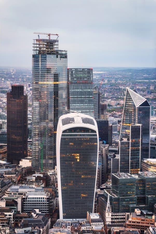 Sławni drapacz chmur w pieniężnym okręgu Londyn obraz royalty free