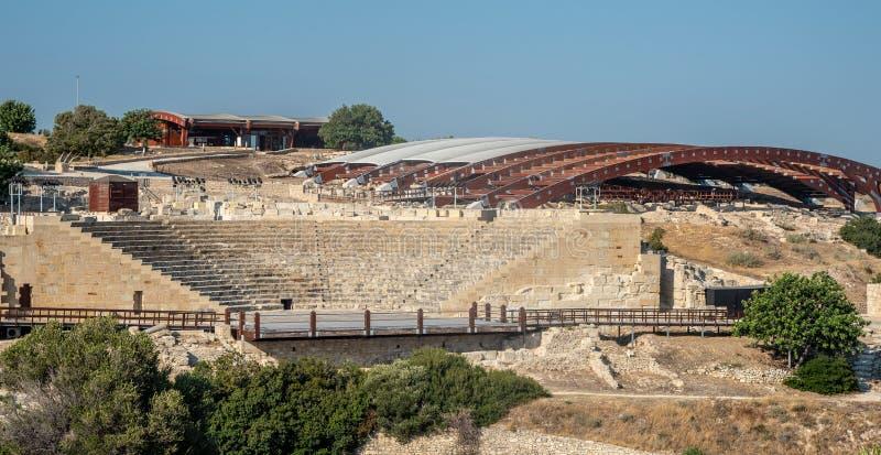 Sławny Antyczny theatre Kourion w Limassol, Cypr obrazy stock