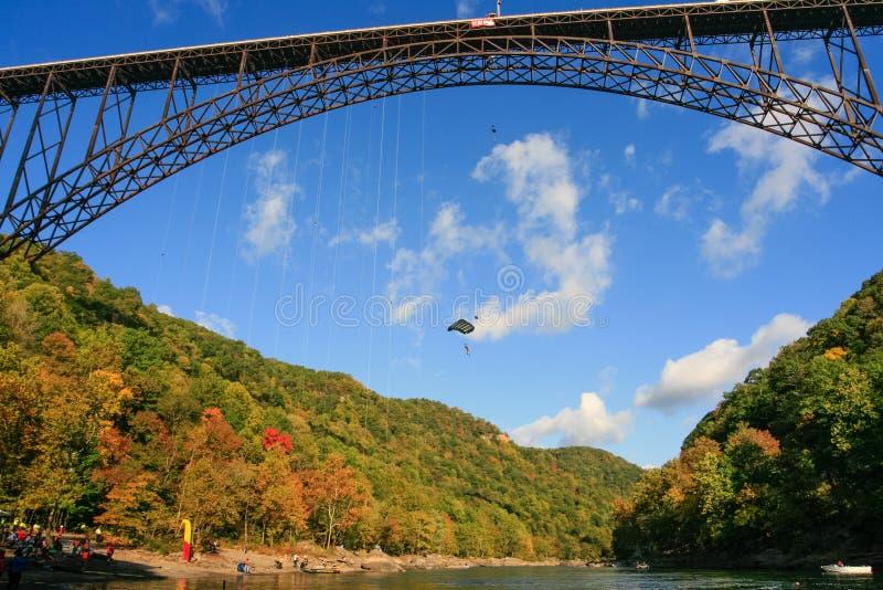 Sławny Bridżowy dnia wydarzenia Nowej rzeki wąwozu most fotografia stock