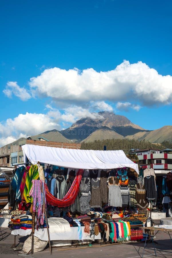 Sławny indianina rynek w Otavalo, Ekwador obraz royalty free