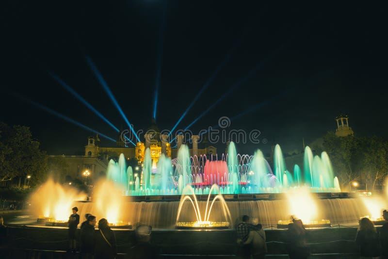 Sławny Magiczny fontanny przedstawienie w Barcelona, Hiszpania zdjęcia royalty free