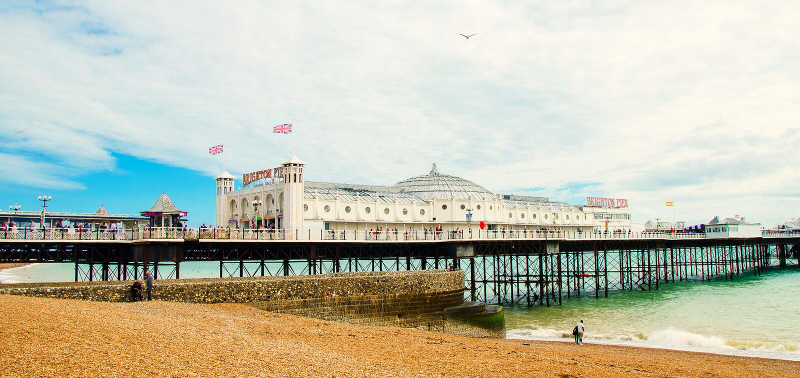Sławny molo w Angielskim Brighton obraz stock