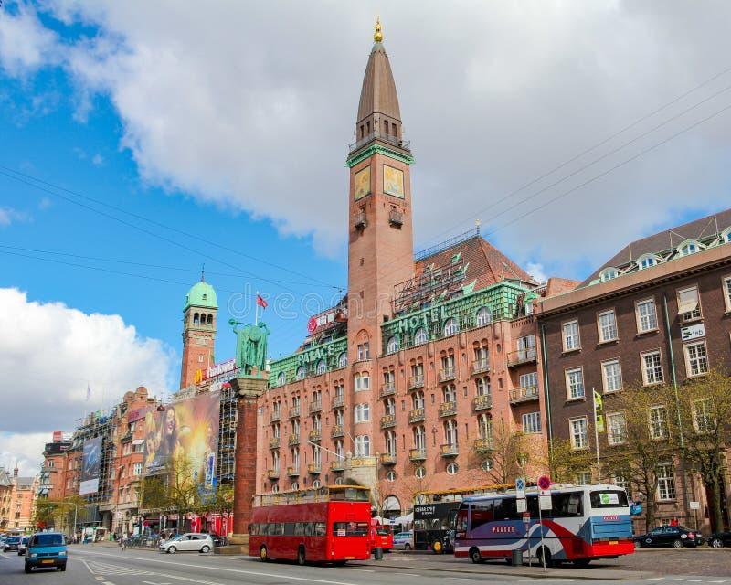 Sławny palace hotel przy urząd miasta kwadratem w Kopenhaga zdjęcia royalty free
