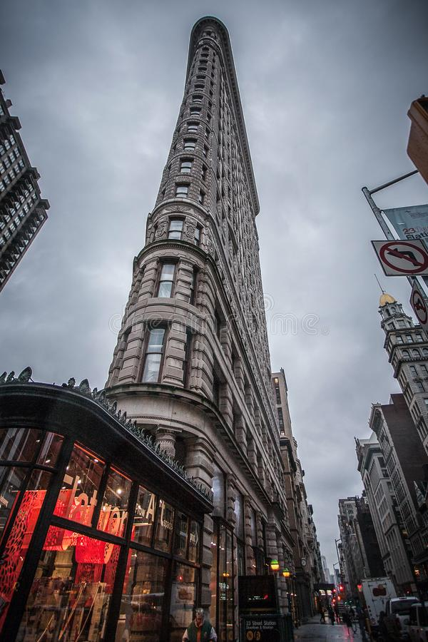 Sławny stary drapacz chmur w w centrum Manhattan fotografia royalty free