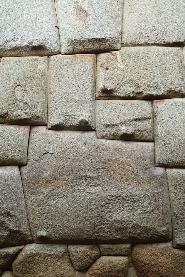 Sławny Wędkujący kamień Antyczna inka ściana na Hatun Rumiyoc ulicie w Cusco Peru fotografia stock