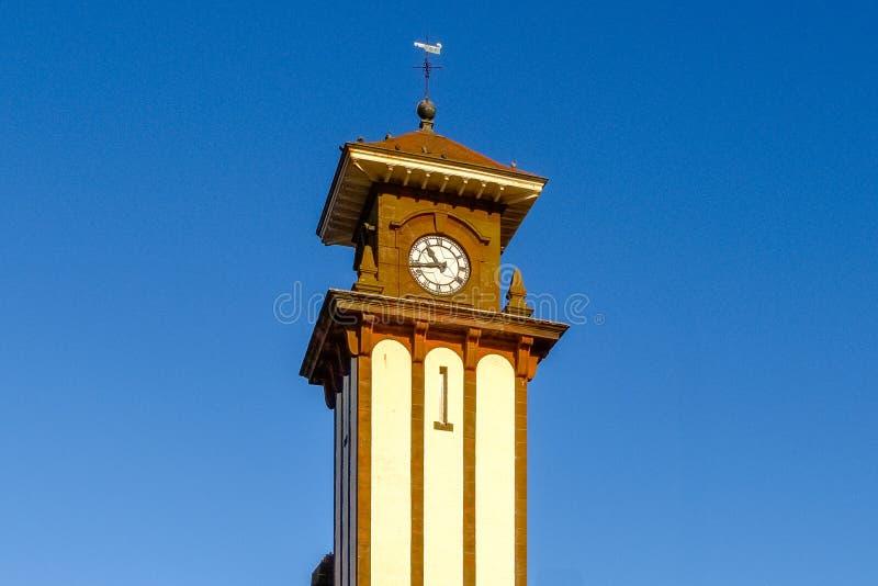Sławny Zegarowy wierza Wemyss zatoki stacja kolejowa Scot & molo obraz stock
