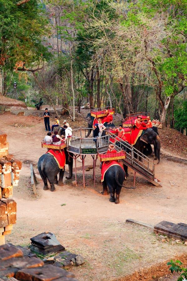 Słoń przejażdżka w Angkor Wat, Kambodża fotografia stock
