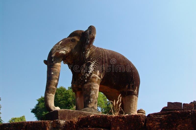Słoń przy Angkor Wat zdjęcia royalty free