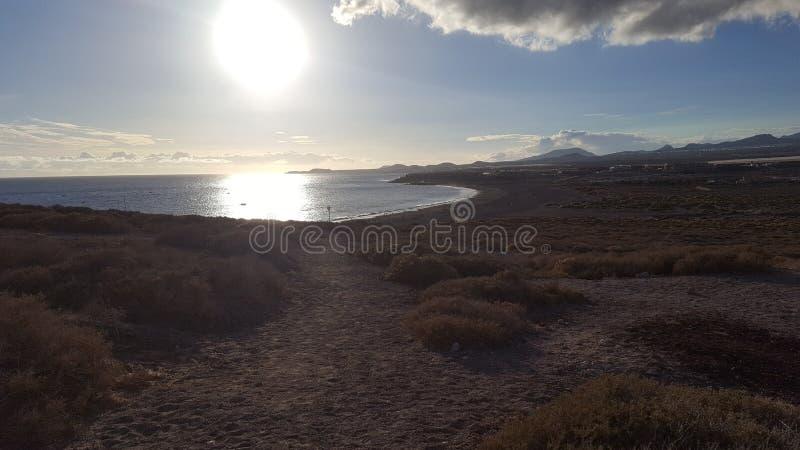 słońce iść dalej przy plażą obrazy royalty free