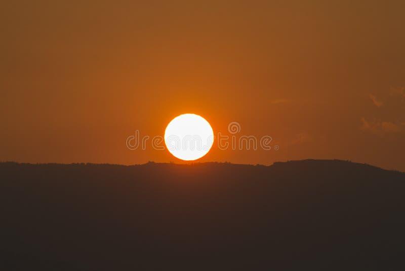 Słońce mówi dzień do widzenia fotografia royalty free