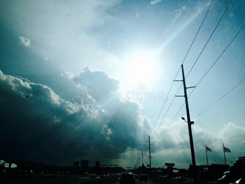 Słońce na deszczowym dniu fotografia stock