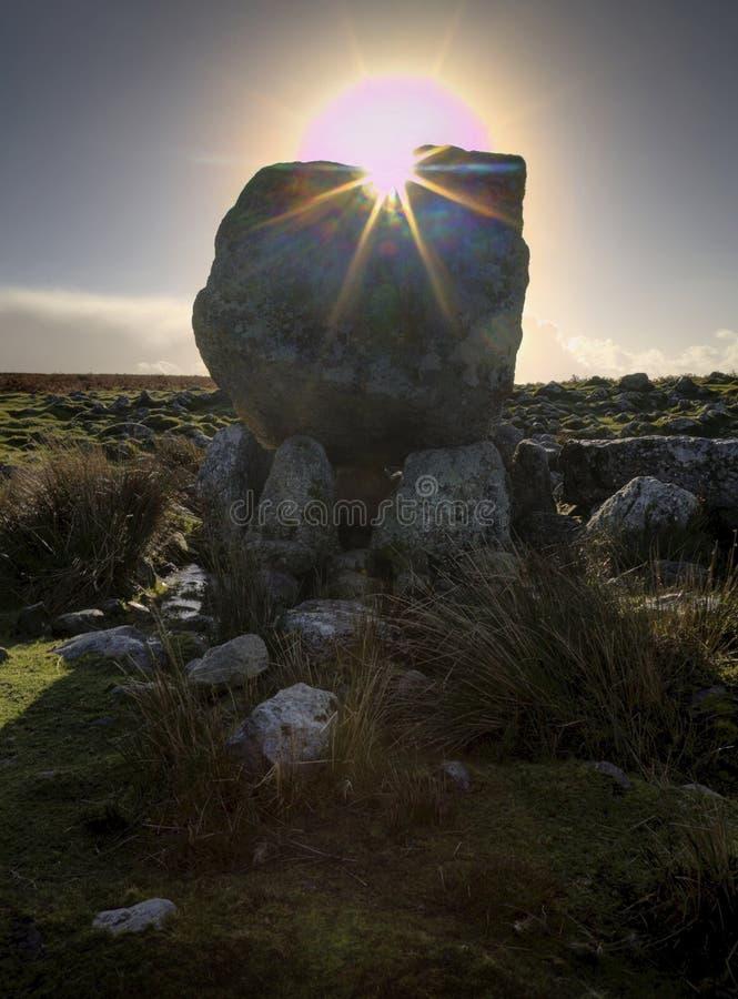 Słońce nad Arthur kamieniem obraz stock