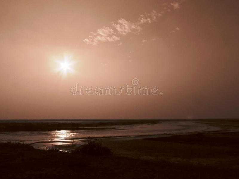 Słońce set, słońce samotnie fotografia royalty free